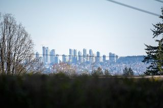 Photo 2: 318 121 W 29TH Street in North Vancouver: Upper Lonsdale Condo for sale : MLS®# R2602824