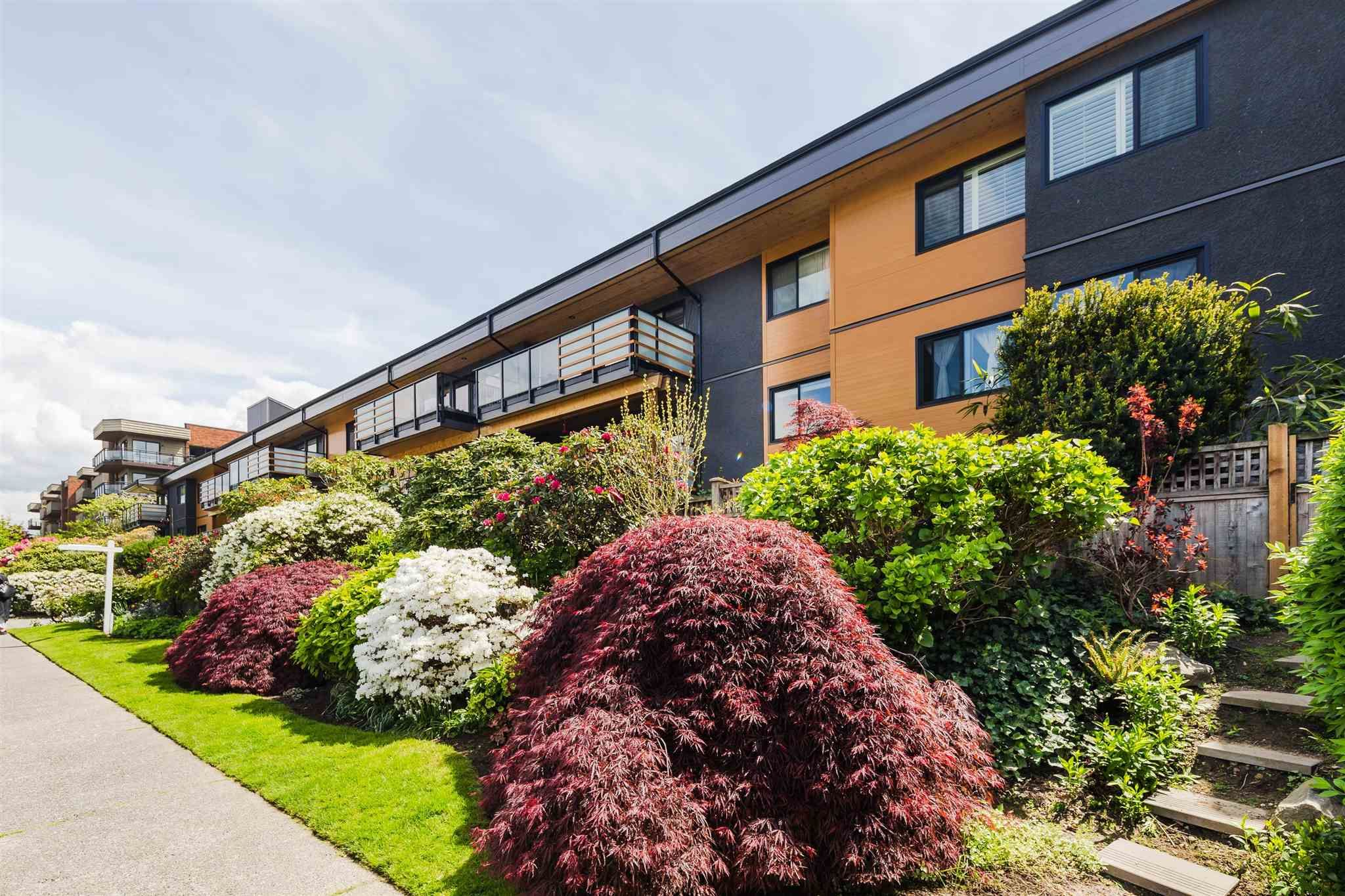 Main Photo: 313 2336 WALL STREET in Vancouver: Hastings Condo for sale (Vancouver East)  : MLS®# R2597261