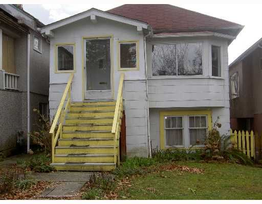 Main Photo: 1124 E 19TH Avenue in Vancouver: Knight House for sale (Vancouver East)  : MLS®# V647735