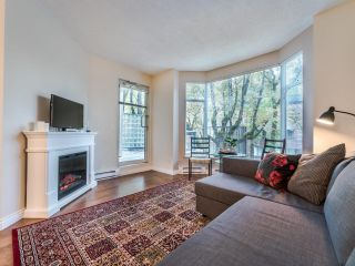 """Photo 7: 107 2628 ASH Street in Vancouver: Fairview VW Condo for sale in """"Cambridge Gardens"""" (Vancouver West)  : MLS®# R2626002"""