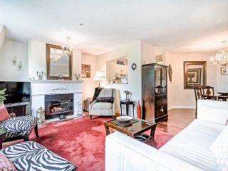 """Photo 3: 306 295 SCHOOLHOUSE Street in Coquitlam: Maillardville Condo for sale in """"Chateau Royale"""" : MLS®# R2466921"""