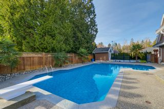 Photo 28: 1693 137 STREET in South Surrey White Rock: Sunnyside Park Surrey Home for sale ()  : MLS®# R2038668