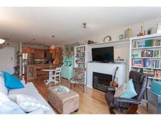 "Photo 2: 210 15777 MARINE Drive: White Rock Condo for sale in ""South Beach"" (South Surrey White Rock)  : MLS®# R2312942"