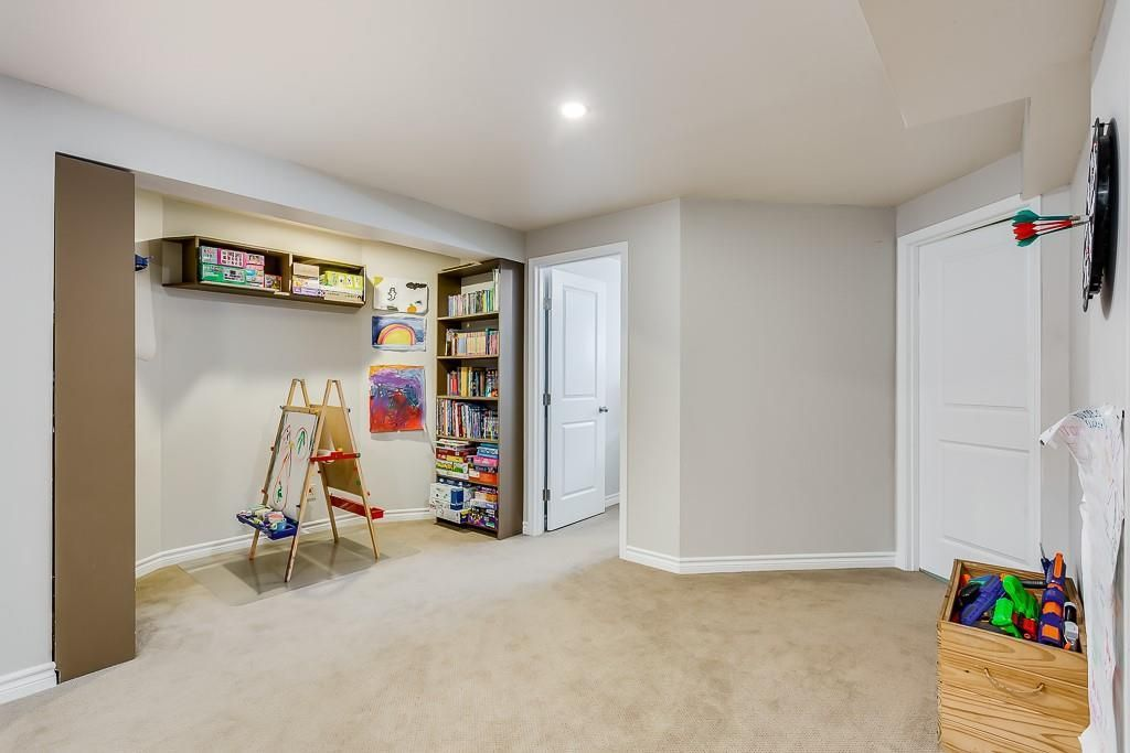 Photo 31: Photos: 115 SIERRA MORENA Circle SW in Calgary: Signal Hill Detached for sale : MLS®# C4299539