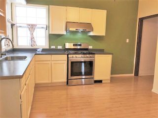 """Photo 3: 946 E 24TH Avenue in Vancouver: Fraser VE House for sale in """"FRASER"""" (Vancouver East)  : MLS®# R2405717"""