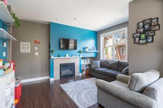 """Photo 4: 13 40653 TANTALUS Road in Squamish: Tantalus Townhouse for sale in """"TANTALUS CROSSING"""" : MLS®# R2462996"""