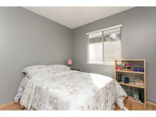 Photo 12: 12958 SOUTHRIDGE Drive in Surrey: Panorama Ridge House for sale : MLS®# R2114731