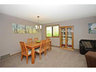 Photo 4: 78 SANDRINGHAM Way NW in CALGARY: Sandstone Residential Detached Single Family for sale (Calgary)