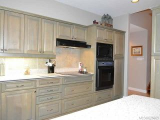Photo 16: 911 Lakes Blvd in FRENCH CREEK: PQ French Creek Row/Townhouse for sale (Parksville/Qualicum)  : MLS®# 626665