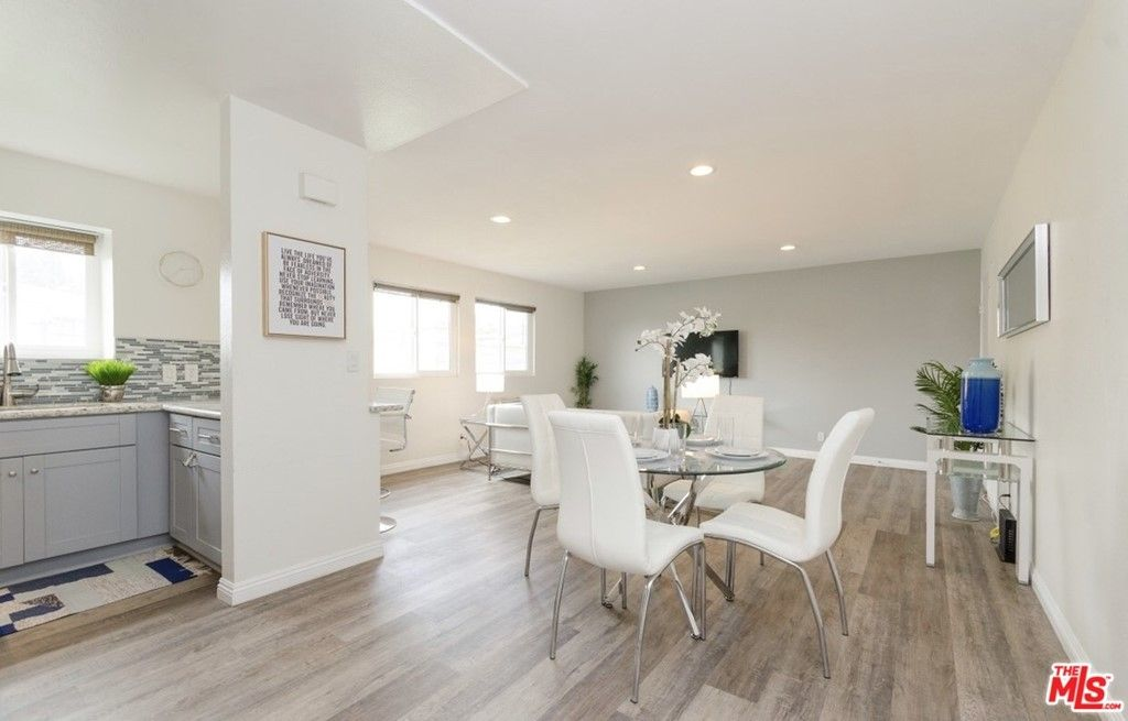 Main Photo: 940 NEW DEPOT Street Unit 2 in Los Angeles: Residential Lease for sale (671 - Silver Lake)  : MLS®# 21763322