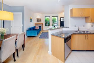 "Photo 11: 2575 EAST Mall in Vancouver: University VW Townhouse for sale in ""LOGAN LANE"" (Vancouver West)  : MLS®# R2302222"