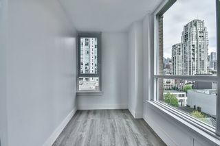 "Photo 18: 1106 388 DRAKE Street in Vancouver: Yaletown Condo for sale in ""GOVERNOR'S TOWER"" (Vancouver West)  : MLS®# R2162040"