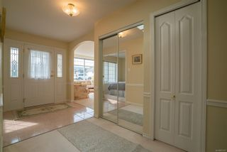 Photo 2: 5918 Oliver Rd in : Na Uplands House for sale (Nanaimo)  : MLS®# 857307