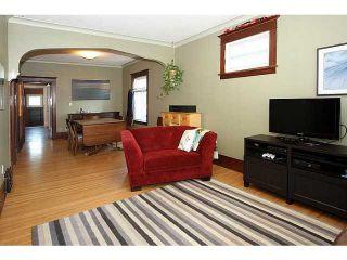 Photo 3: 132 19 Avenue NE in CALGARY: Tuxedo Residential Detached Single Family for sale (Calgary)  : MLS®# C3626887