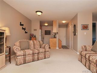Photo 6: 207 420 Parry Street in VICTORIA: Vi James Bay Residential for sale (Victoria)  : MLS®# 332096