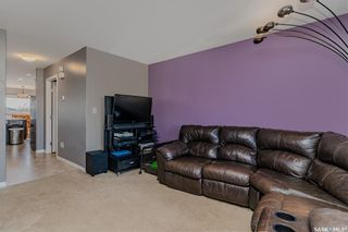 Photo 3: 838 Glenview Cove in Martensville: Residential for sale : MLS®# SK873843