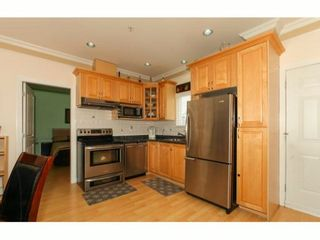 Photo 2: 3028 KNIGHT Street in Vancouver: Grandview VE 1/2 Duplex for sale (Vancouver East)  : MLS®# V1009677