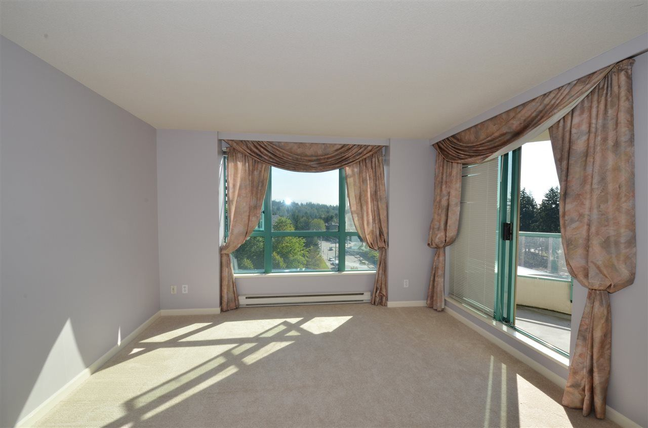 """Photo 5: Photos: 904 3071 GLEN Drive in Coquitlam: North Coquitlam Condo for sale in """"PARC LAURENT"""" : MLS®# V1143282"""