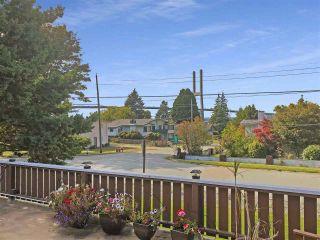"Photo 5: 10456 MAIN Street in Delta: Nordel House for sale in ""BURNSVIEW/SUNBURY"" (N. Delta)  : MLS®# R2401792"