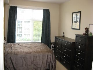 "Photo 12: 301 20078 FRASER Highway in Langley: Langley City Condo for sale in ""Varsity"" : MLS®# R2510892"