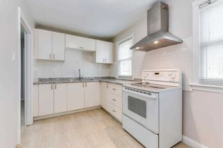 Photo 9: 269 E Queensdale Avenue in Hamilton: Eastmount House (1 1/2 Storey) for sale : MLS®# X5360840