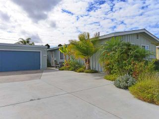 Photo 2: CLAIREMONT House for sale : 4 bedrooms : 3633 Morlan Street in San Diego