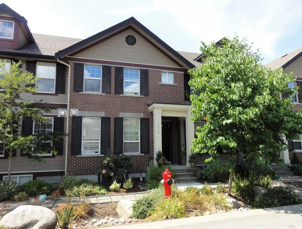 """Main Photo: 6929 208A Street in Langley: Willoughby Heights Condo for sale in """"Milner Heights"""" : MLS®# F1447070"""