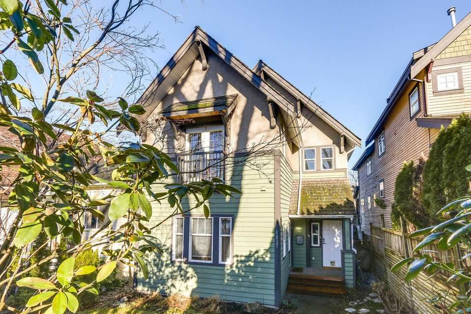 Main Photo: 1827 7TH AVENUE in Vancouver East: Home for sale : MLS®# R2133768