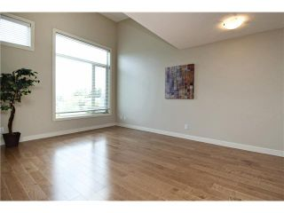 Photo 7: 213 1905 27 Avenue SW in Calgary: South Calgary House for sale : MLS®# C3649685