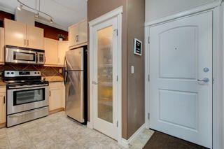 Photo 3: 132 10121 80 Avenue in Edmonton: Zone 17 Condo for sale : MLS®# E4256366