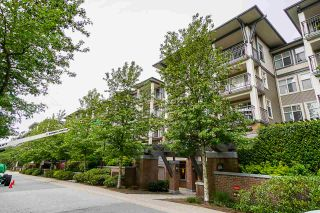 "Photo 2: 304 4833 BRENTWOOD Drive in Burnaby: Brentwood Park Condo for sale in ""Macdonald House"" (Burnaby North)  : MLS®# R2368779"