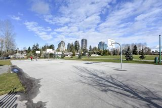 "Photo 37: 304 6740 STATION HILL Court in Burnaby: South Slope Condo for sale in ""Wyndham Court"" (Burnaby South)  : MLS®# R2539460"
