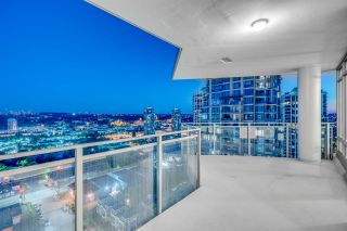 """Photo 12: 1910 2008 ROSSER Avenue in Burnaby: Brentwood Park Condo for sale in """"STRATUS-SOLO DISTRICT"""" (Burnaby North)  : MLS®# R2313474"""