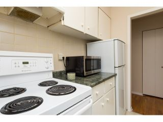 """Photo 10: 911 555 W 28TH Street in North Vancouver: Upper Lonsdale Condo for sale in """"CEDAR BROOKE VILLAGE"""" : MLS®# R2027545"""