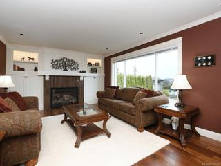 Photo 6: 1279 Geric Pl in : SW Strawberry Vale House for sale (Saanich West)  : MLS®# 850780