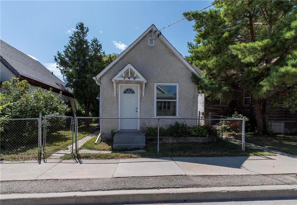 Main Photo: 548 Herbert Avenue in Winnipeg: East Kildonan Residential for sale (3B)  : MLS®# 202019306
