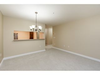 """Photo 6: 205 1569 EVERALL Street: White Rock Condo for sale in """"SEAWYND MANOR"""" (South Surrey White Rock)  : MLS®# R2413623"""