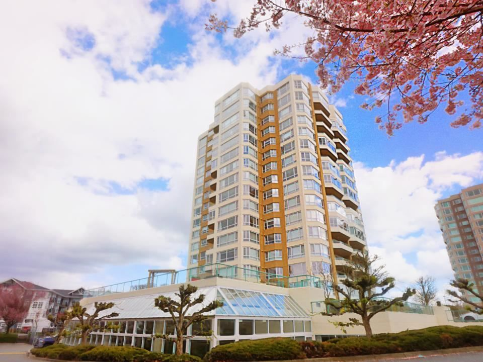 """Photo 4: Photos: 1602 3190 GLADWIN Road in Abbotsford: Central Abbotsford Condo for sale in """"REGENCY PARK"""" : MLS®# R2562391"""