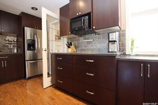 Photo 10: 414 Witney Avenue North in Saskatoon: Mount Royal SA Residential for sale : MLS®# SK852798