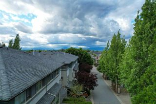 Photo 40: 7 6033 168 Street in Surrey: Cloverdale BC Townhouse for sale (Cloverdale)  : MLS®# R2587645