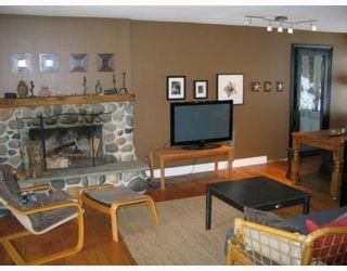 Photo 4: 7040 SKANA Crescent in Sechelt: Sechelt District House for sale (Sunshine Coast)  : MLS®# V755849