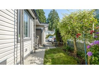 Photo 3: 183 3665 244 Street in Langley: Aldergrove Langley Manufactured Home for sale : MLS®# R2605572