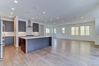 Photo 5: MISSION VALLEY House for rent : 4 bedrooms : 8348 Summit Way in San Diego