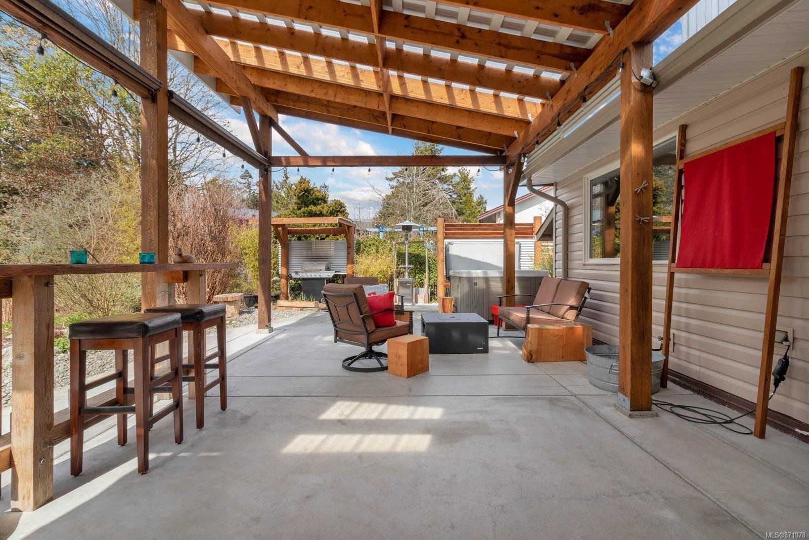 Photo 25: Photos: 1539 Chilcotin Cres in : CV Comox (Town of) House for sale (Comox Valley)  : MLS®# 871978