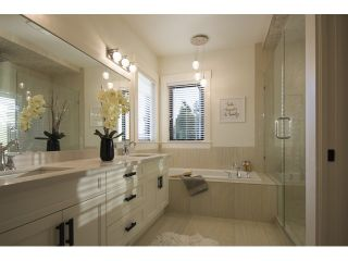 Photo 11: 12658 15A Avenue in White Rock: Home for sale : MLS®# F1436979