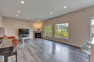Photo 3: 37 1751 PADDOCK Drive in Coquitlam: Westwood Plateau Townhouse for sale : MLS®# R2579249