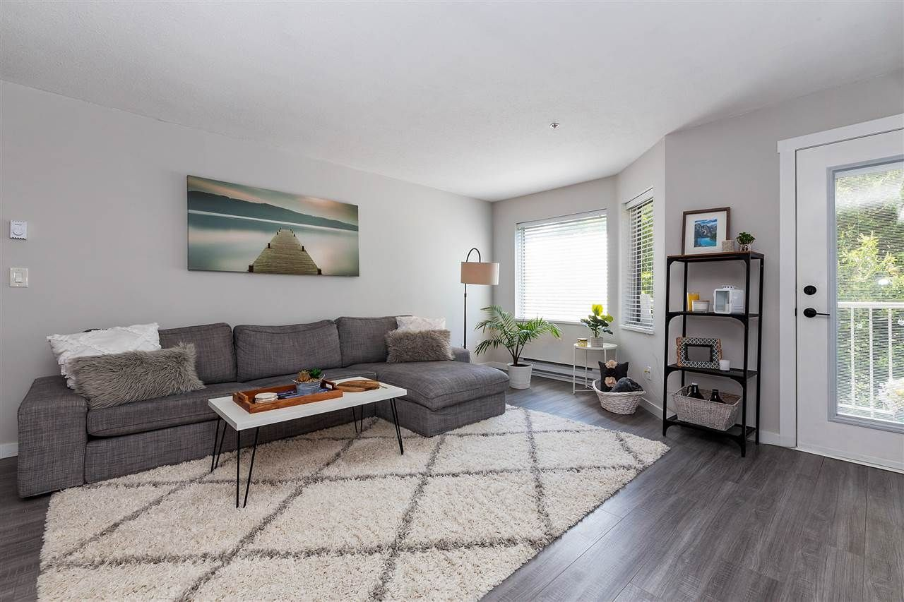 """Main Photo: 211 19236 FORD Road in Pitt Meadows: Central Meadows Condo for sale in """"Emerald Park"""" : MLS®# R2515270"""