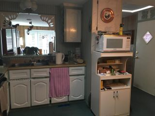 """Photo 5: 59 15875 20 Avenue in Surrey: King George Corridor Manufactured Home for sale in """"Sea Ridge Bays"""" (South Surrey White Rock)  : MLS®# R2213807"""