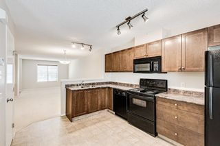 Photo 6: 225 Elgin Gardens SE in Calgary: McKenzie Towne Row/Townhouse for sale : MLS®# A1132370