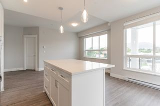 """Photo 33: 4501 2180 KELLY Avenue in Port Coquitlam: Central Pt Coquitlam Condo for sale in """"Montrose Square"""" : MLS®# R2615326"""